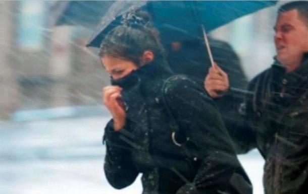 Гидрометцентр объявил штормовое предупреждение по Киеву
