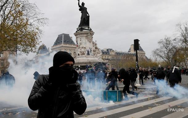 Протесты в Париже: СМИ сообщают о 340 задержанных