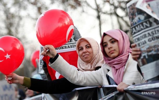 Турция ужесточает правила въезда для журналистов из РФ