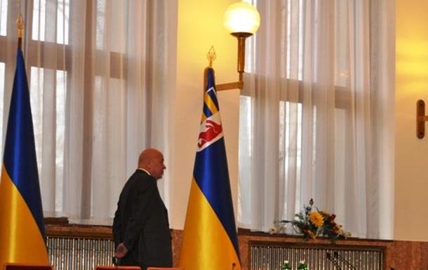 Как народные избранники резвились на сессии Закарпатского облсовета (ФОТО)