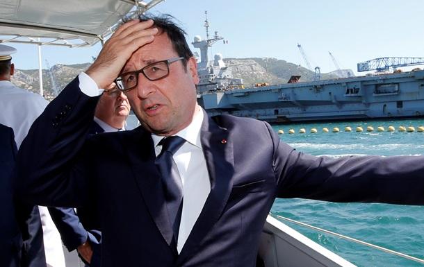 Олланд посетит французский авианосец у берегов Сирии