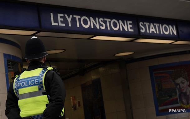 По делу о нападении в метро Лондона предъявлено обвинение