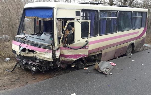 ДТП с маршруткой на Черкасчине: есть жертвы