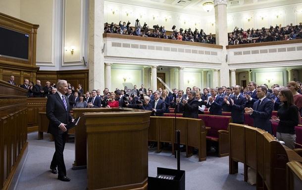 Байден заявил, что верит в Яценюка и Порошенко
