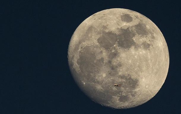 Российский ученый предложил отправить на Луну аватаров