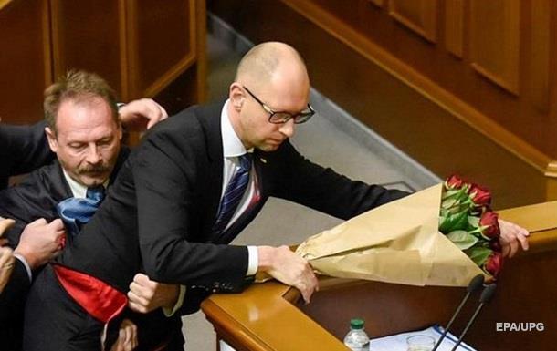 Барна объяснил инцидент с Яценюком в Раде