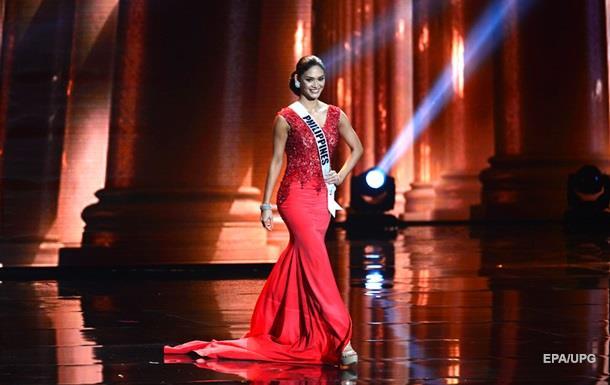 Титул Мисс Вселенная-2015 со скандалом достался филиппинке