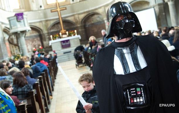 В церкви Берлина состоялась служба, посвященная  Звездным войнам