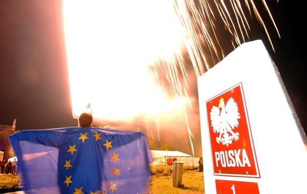 В ЕС грозят лишить Польшу права голоса