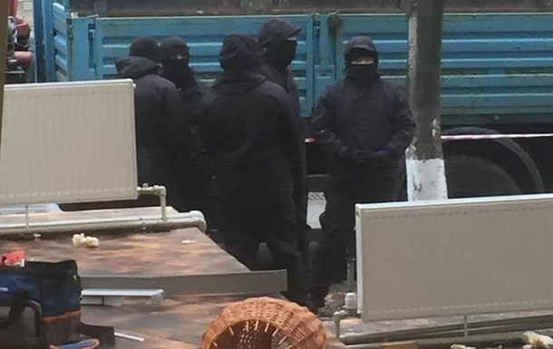 В центре Киева неизвестные разнесли ресторан