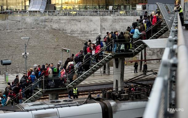 Швеция расселит более тысячи беженцев на круизном судне