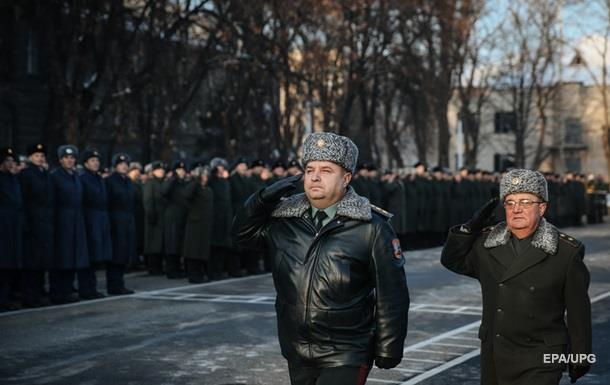 Полторак анонсировал повышение зарплат военным