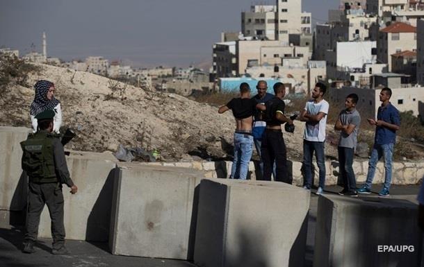 Израильские военные застрелили двух совершивших нападения палестинцев