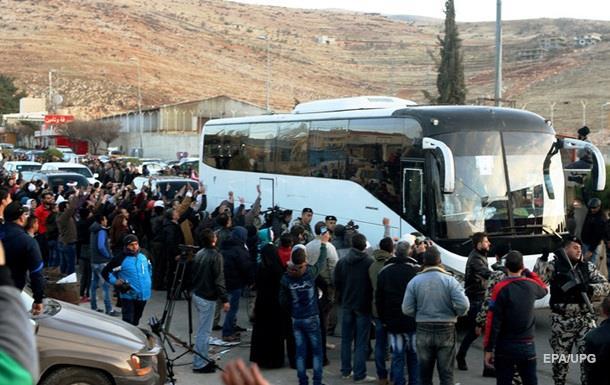 Из Сирии эвакуировали 450 человек
