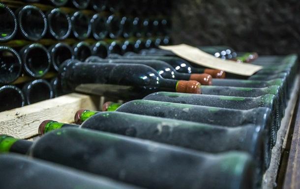 В Крыму распродают уникальные вина  Массандры