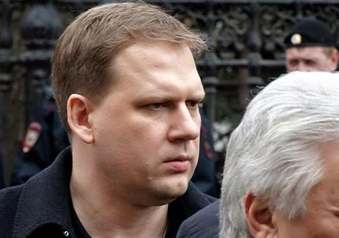 Украину ждет или бандитский коллапс или возрождение через Донбасс