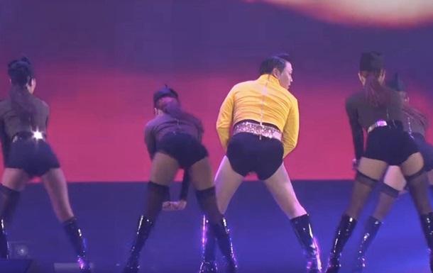 Psy на концерте в Сеуле