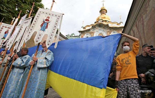 Обзор ИноСМИ: борьба Украины и России за церковь