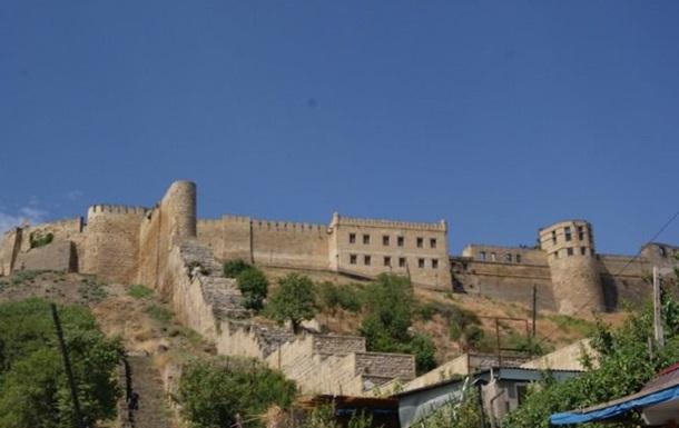 УДагестані невідомі обстріляли відвідувачів стародавньої фортеці: є жертви