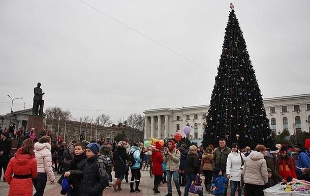 Крымчан призвали закончить новогоднюю готовку до темноты
