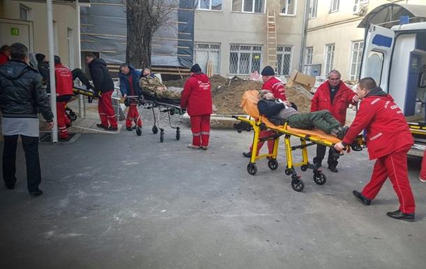В Одессу доставили 15 раненых из Донбасса