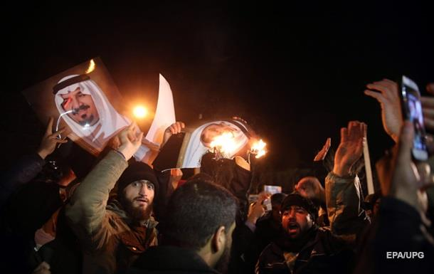 Иранцев просят не протестовать у посольств Саудовской Аравии