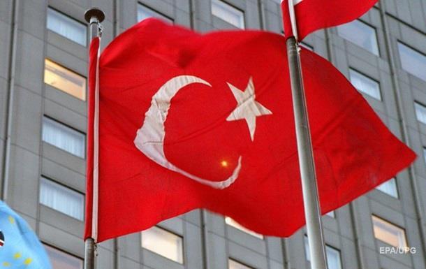 Турция обвинила РФ в нарушении авиационных норм
