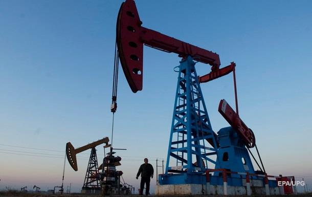 Нефть за день подешевела на 8%, упав ниже $34