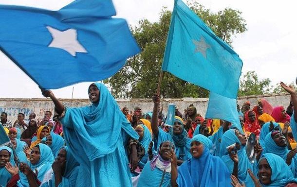 Сомали разрывает отношения с Ираном