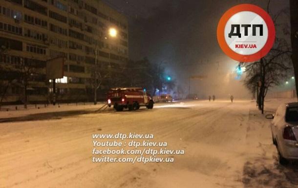 СМИ: Ночью в Киеве горел МАУП