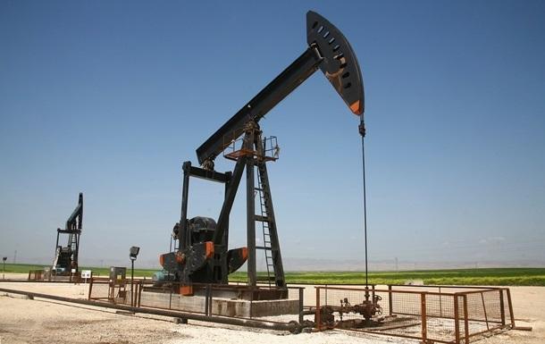 Нефть снова дешевеет: Brent опустилась ниже $34