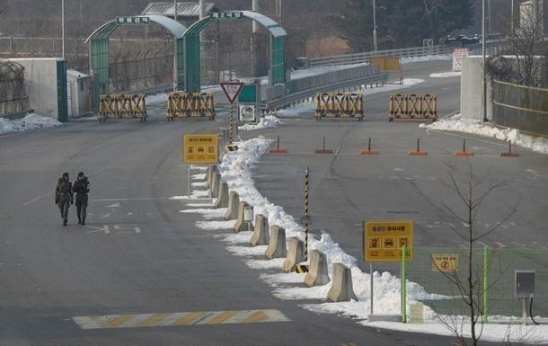 Южная Корея возобновила работу громкоговорителей на границе с КНДР