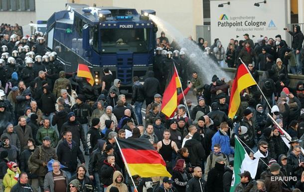 Итоги 9 января: Митинг в Кельне, протесты в Косово