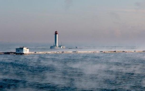 В Одессе пытались напасть на военный объект