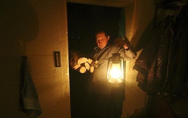 В Крыму несколько сел остались без света из-за аварии ЛЭП