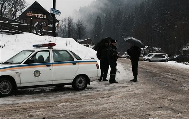 Задержаны бойцы ПС, ехавшие на помощь в Драгобрат