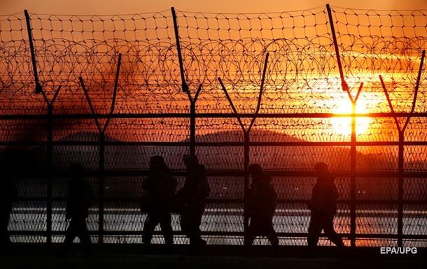 Южная Корея открыла предупредительный огонь на границе с КНДР