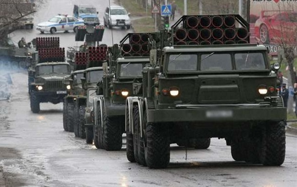 Трудный февраль: кто удержит Украину от войны?