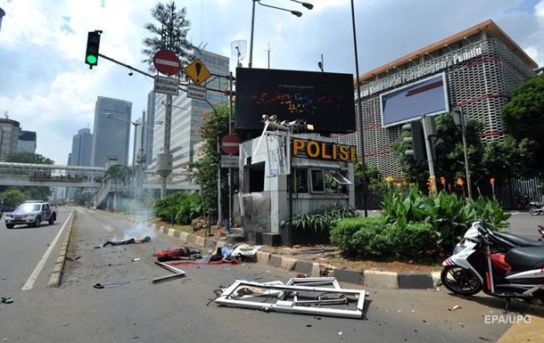 ИГИЛ взял ответственность за теракты в Джакарте