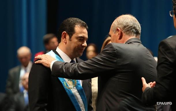 Комик принес присягу на посту президента Гватемалы