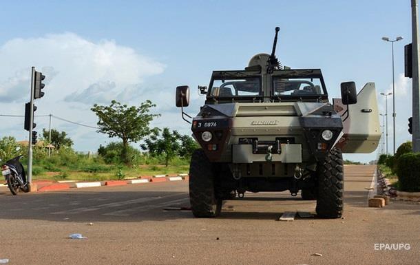 В столице Буркина-Фасо введен комендатский час