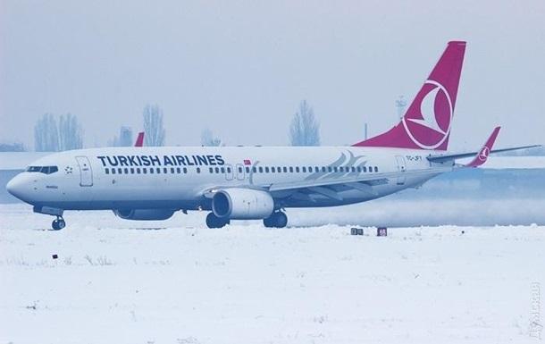 Одесский аэропорт возобновил прием рейсов