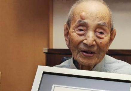 Перед смертью один из старейших людей раскрыл свой секрет долголетия