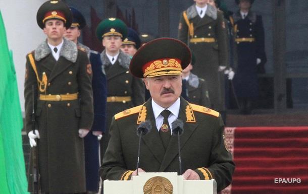 Лукашенко побоюється  кольорових революцій  і  гібридних воєн