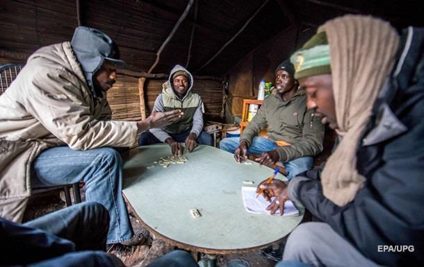 В Финляндии мигрантов учат, как вести себя с женщинами