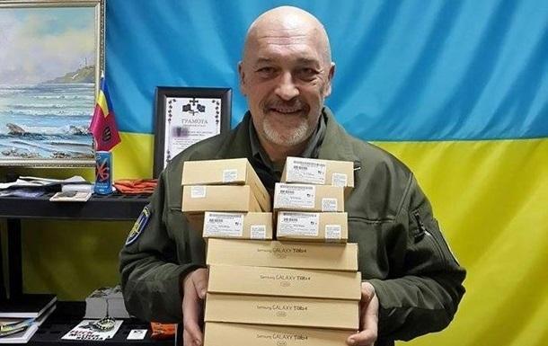 Луганський губернатор шкодує, що в Україні немає диктатури