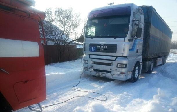 В Киев из-за непогоды не будут пропускать грузовики