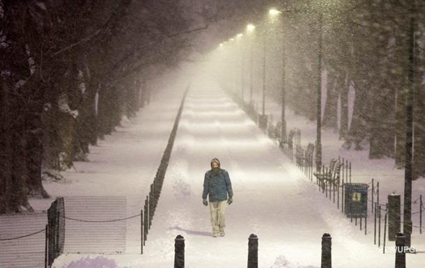 Число жертв снегопадов в США превысило 40 человек