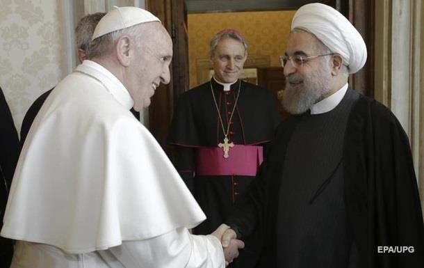 К визиту президента Ирана Рим прикрыл наготу античных статуй