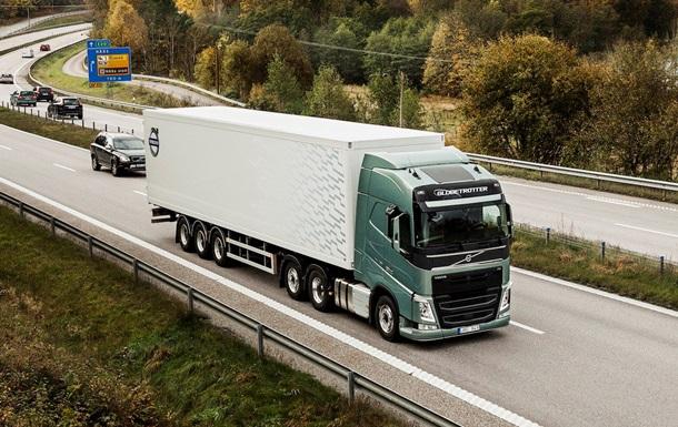 Польша намерена закрыть въезд грузовикам из РФ